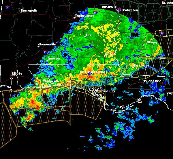 Radar Image for Severe Thunderstorms near Lynn Haven, FL at 4/20/2020 1:38 AM CDT