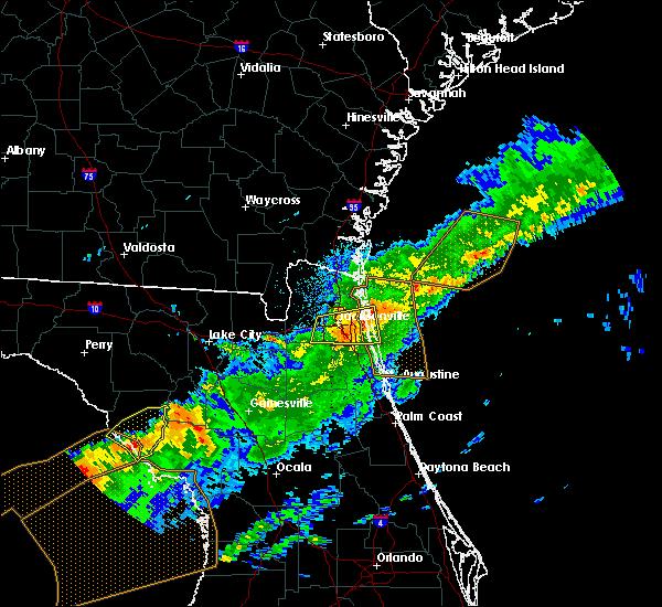 Radar Image for Severe Thunderstorms near Jacksonville, FL at 4/20/2020 7:52 AM EDT