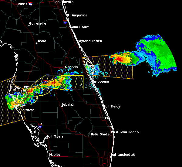 Radar Image for Severe Thunderstorms near Four Corners, FL at 4/20/2020 1:14 PM EDT