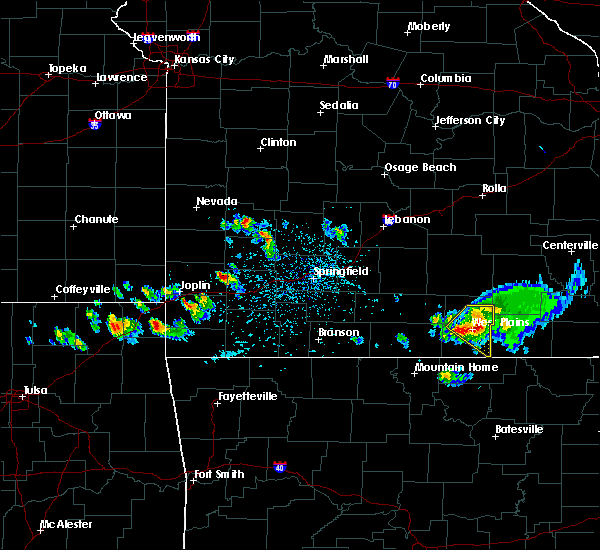 Radar Image for Severe Thunderstorms near Thomasville, MO at 4/20/2020 4:27 PM CDT