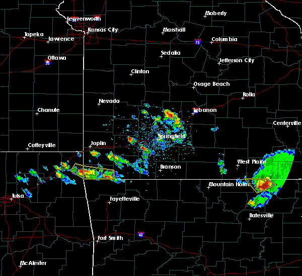 Radar Image for Severe Thunderstorms near Noel, MO at 4/20/2020 5:28 PM CDT