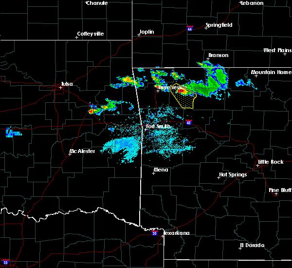 Radar Image for Severe Thunderstorms near Huntsville, AR at 4/20/2020 7:29 PM CDT