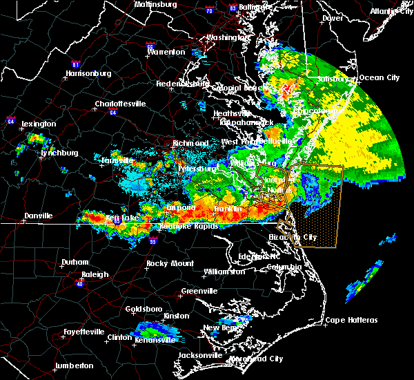 Radar Image for Severe Thunderstorms near Chesapeake, VA at 6/26/2015 12:40 AM EDT