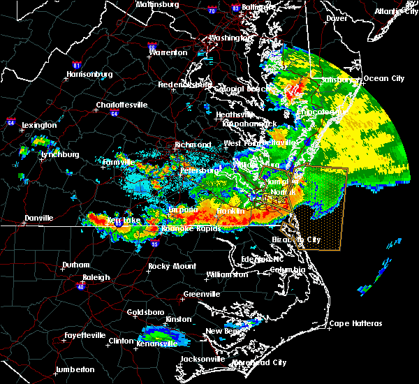 Radar Image for Severe Thunderstorms near Chesapeake, VA at 6/26/2015 12:46 AM EDT