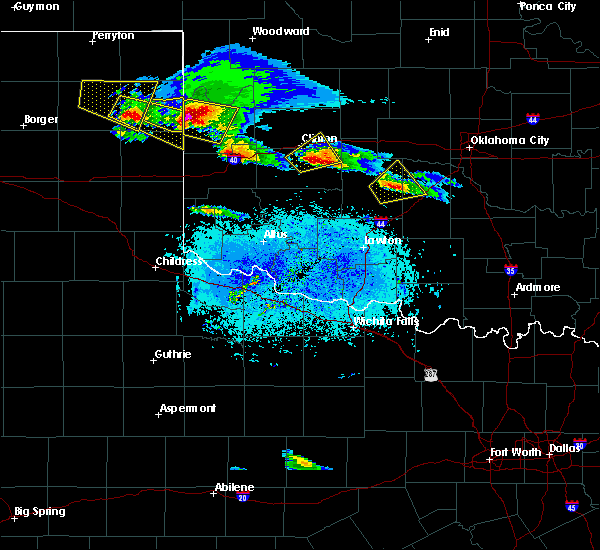 Radar Image for Severe Thunderstorms near Corn, OK at 4/21/2020 8:00 PM CDT