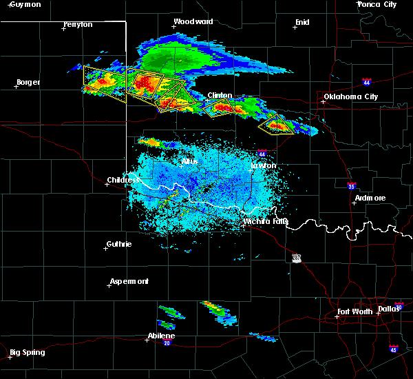 Radar Image for Severe Thunderstorms near Cheyenne, OK at 4/21/2020 8:16 PM CDT