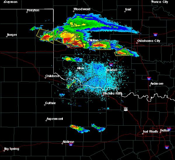 Radar Image for Severe Thunderstorms near Cheyenne, OK at 4/21/2020 8:37 PM CDT