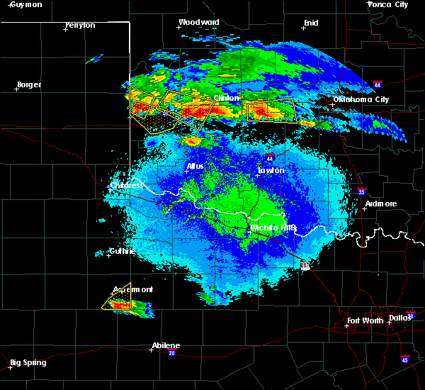Radar Image for Severe Thunderstorms near Burns Flat, OK at 4/21/2020 9:23 PM CDT