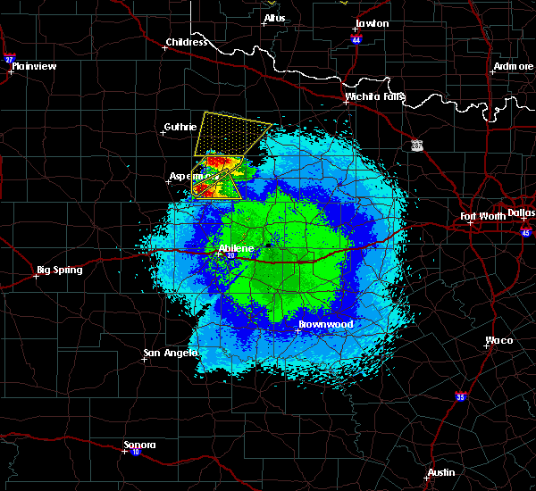 Radar Image for Severe Thunderstorms near Stamford, TX at 4/21/2020 9:58 PM CDT