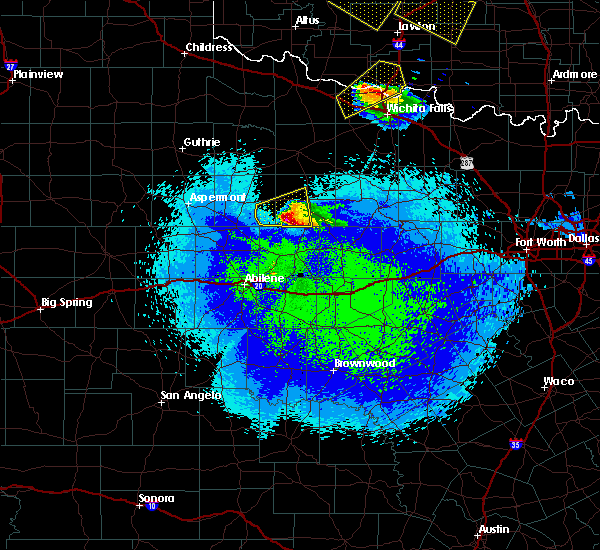 Radar Image for Severe Thunderstorms near Throckmorton, TX at 4/21/2020 11:28 PM CDT
