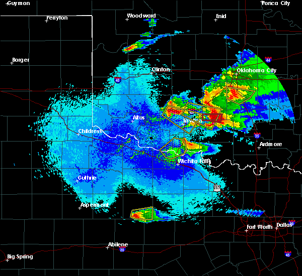 Radar Image for Severe Thunderstorms near Marlow, OK at 4/21/2020 11:50 PM CDT
