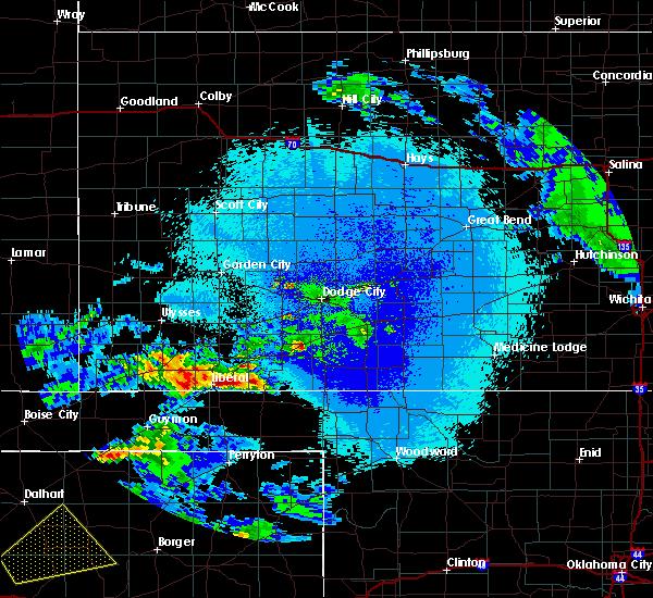 Radar Image for Severe Thunderstorms near Kismet, KS at 4/22/2020 2:32 AM CDT