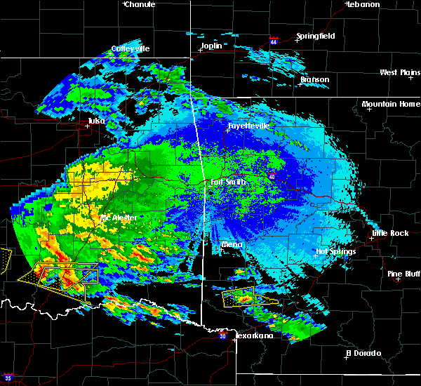 Radar Image for Severe Thunderstorms near Antlers, OK at 4/22/2020 2:36 AM CDT