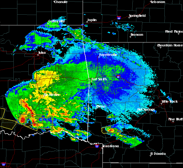 Radar Image for Severe Thunderstorms near Antlers, OK at 4/22/2020 2:54 AM CDT
