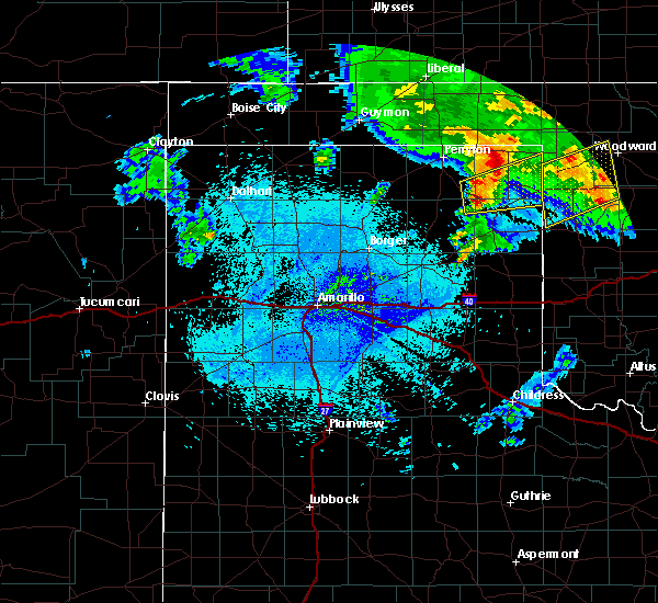 Radar Image for Severe Thunderstorms near Lipscomb, TX at 4/22/2020 5:05 AM CDT