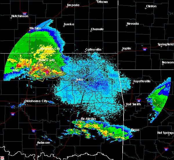 Radar Image for Severe Thunderstorms near Fairfax, OK at 4/22/2020 7:21 AM CDT