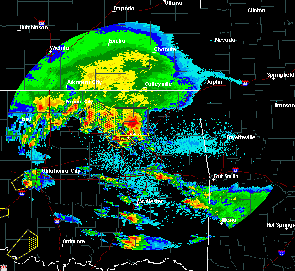 Radar Image for Severe Thunderstorms near Vera, OK at 4/22/2020 8:40 AM CDT