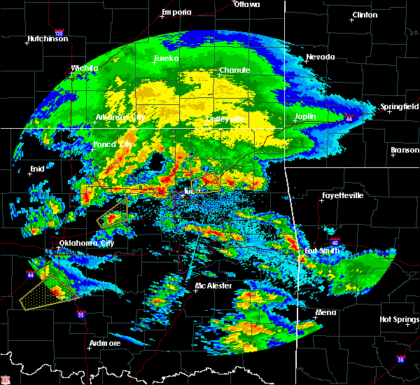 Radar Image for Severe Thunderstorms near Pryor Creek, OK at 4/22/2020 9:31 AM CDT