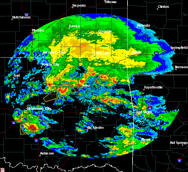 Radar Image for Severe Thunderstorms near Pryor Creek, OK at 4/22/2020 9:47 AM CDT