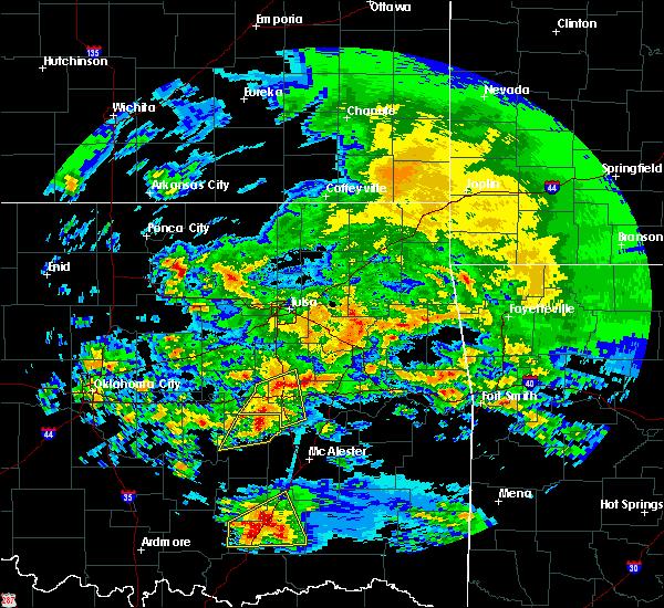 Radar Image for Severe Thunderstorms near Henryetta, OK at 4/22/2020 11:24 AM CDT