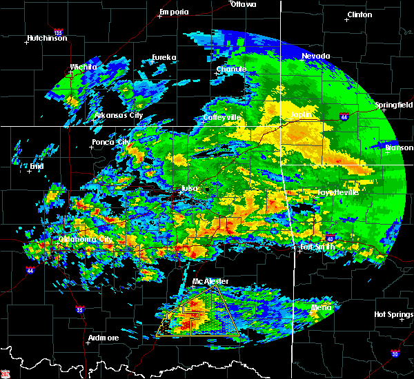 Radar Image for Severe Thunderstorms near Checotah, OK at 4/22/2020 11:48 AM CDT