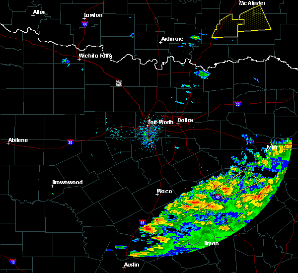 Radar Image for Severe Thunderstorms near Palestine, TX at 4/22/2020 11:58 AM CDT
