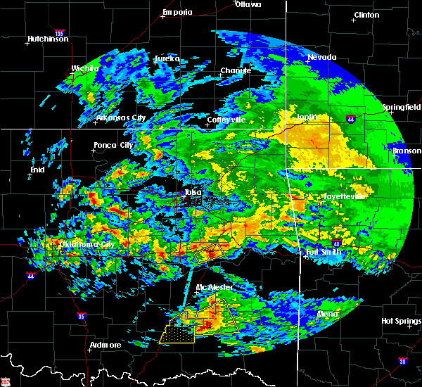 Radar Image for Severe Thunderstorms near Checotah, OK at 4/22/2020 12:04 PM CDT
