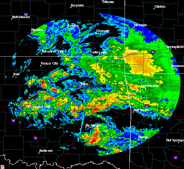Radar Image for Severe Thunderstorms near Checotah, OK at 4/22/2020 12:11 PM CDT