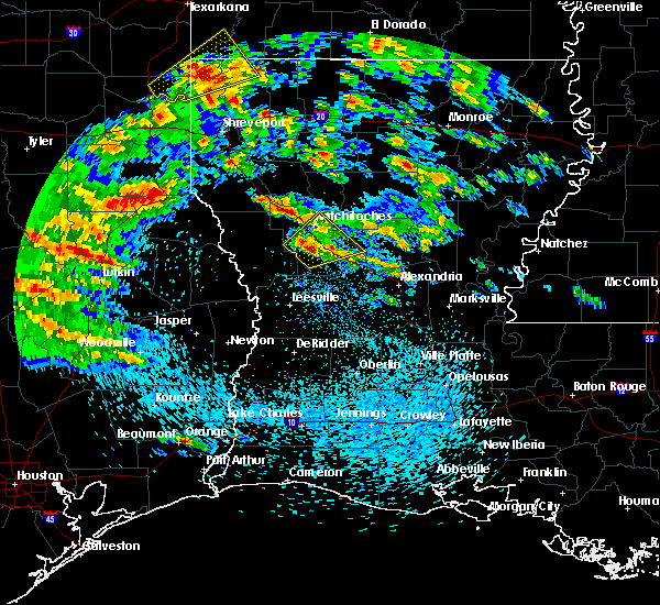 Radar Image for Severe Thunderstorms near Natchez, LA at 4/22/2020 12:51 PM CDT