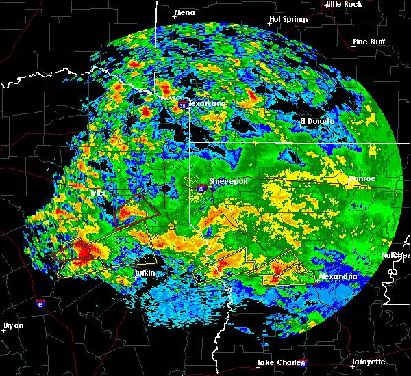 Radar Image for Severe Thunderstorms near Elkhart, TX at 4/22/2020 2:55 PM CDT