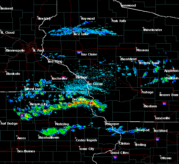 Radar Image for Severe Thunderstorms near Eastman, WI at 4/22/2020 3:46 PM CDT