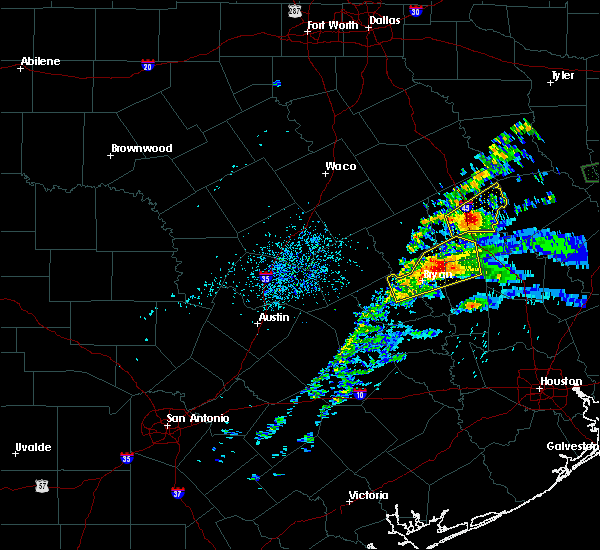 Radar Image for Severe Thunderstorms near Normangee, TX at 4/22/2020 3:55 PM CDT