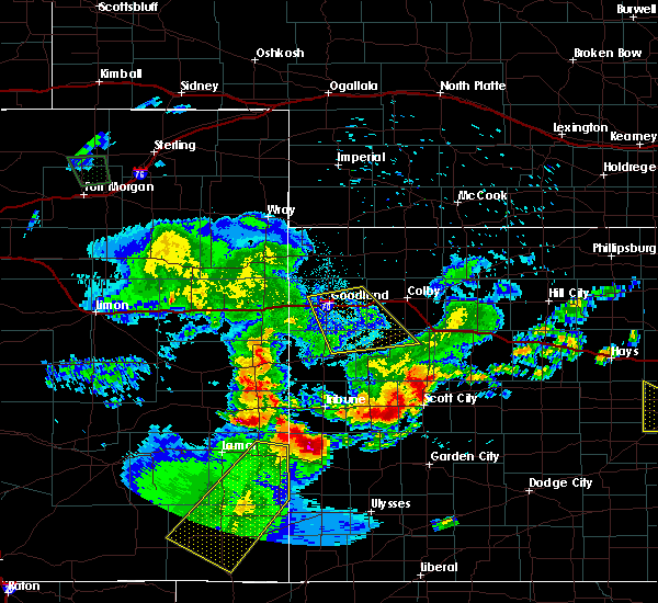 Radar Image for Severe Thunderstorms near Syracuse, KS at 6/26/2015 12:11 AM MDT