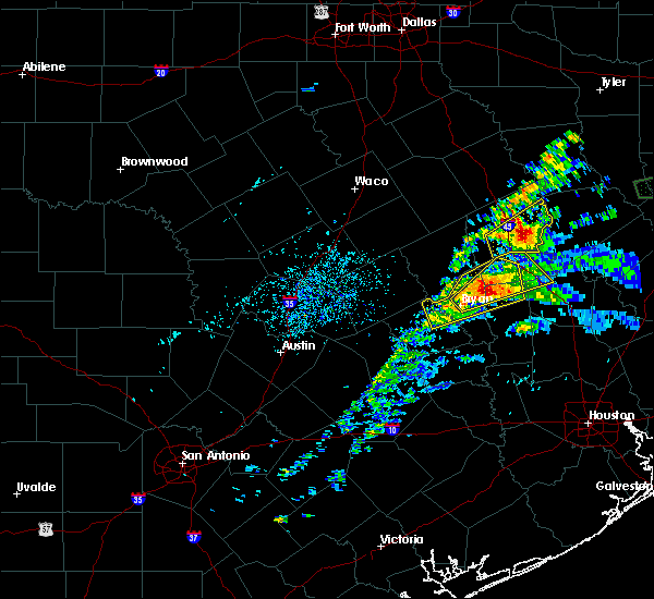 Radar Image for Severe Thunderstorms near Normangee, TX at 4/22/2020 4:01 PM CDT