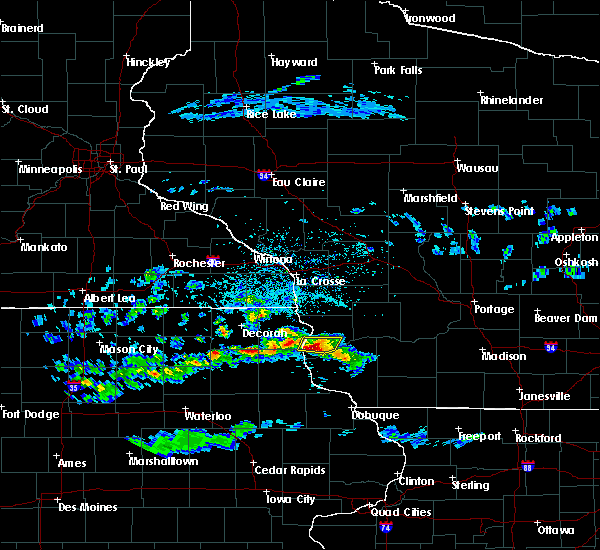 Radar Image for Severe Thunderstorms near Eastman, WI at 4/22/2020 4:02 PM CDT
