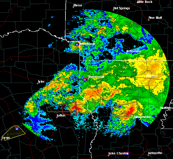 Radar Image for Severe Thunderstorms near San Augustine, TX at 4/22/2020 4:30 PM CDT