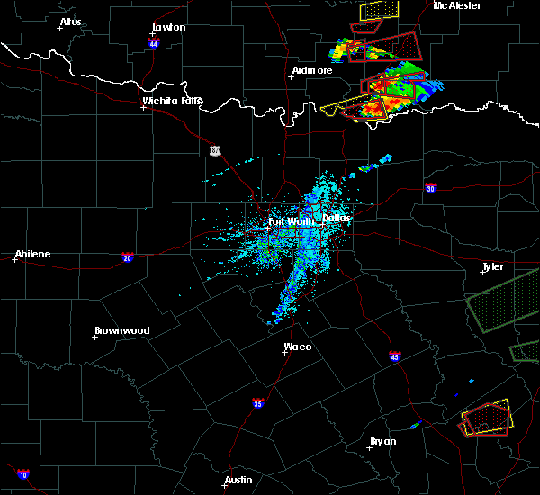 Radar Image for Severe Thunderstorms near Durant, OK at 4/22/2020 5:48 PM CDT