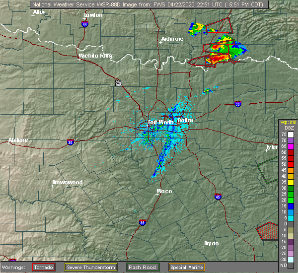 Radar Image for Severe Thunderstorms near Durant, OK at 4/22/2020 5:57 PM CDT
