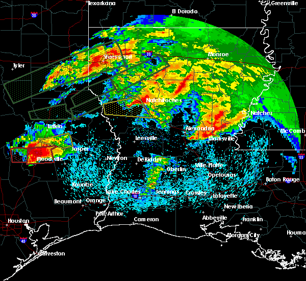 Radar Image for Severe Thunderstorms near Colmesneil, TX at 4/22/2020 6:02 PM CDT