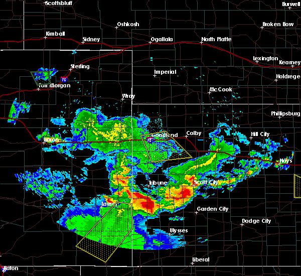 Radar Image for Severe Thunderstorms near Syracuse, KS at 6/26/2015 12:27 AM MDT