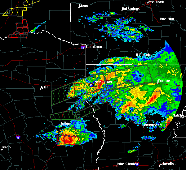 Radar Image for Severe Thunderstorms near Bryceland, LA at 4/22/2020 6:24 PM CDT