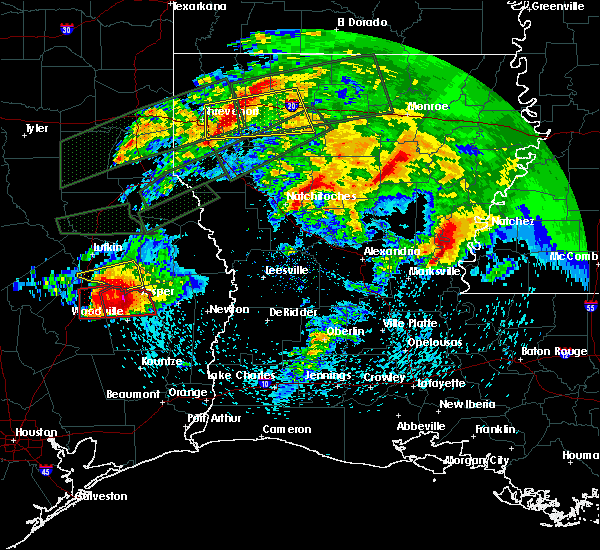Radar Image for Severe Thunderstorms near Colmesneil, TX at 4/22/2020 6:36 PM CDT