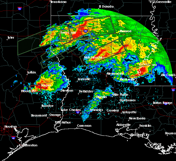 Radar Image for Severe Thunderstorms near Colmesneil, TX at 4/22/2020 6:46 PM CDT