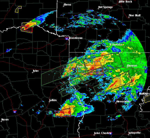 Radar Image for Severe Thunderstorms near Bryceland, LA at 4/22/2020 6:58 PM CDT