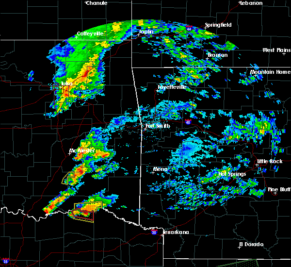 Radar Image for Severe Thunderstorms near Antlers, OK at 4/22/2020 7:02 PM CDT