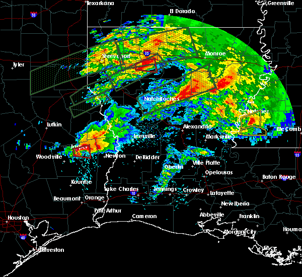 Radar Image for Severe Thunderstorms near Newton, TX at 4/22/2020 7:11 PM CDT