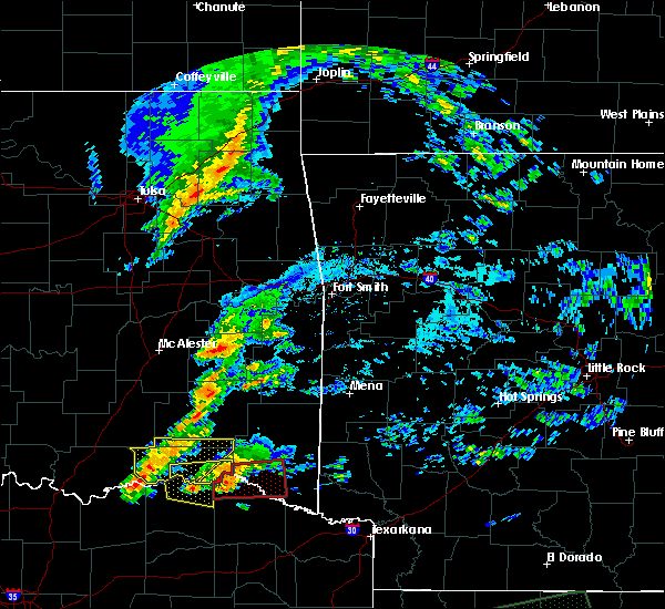 Radar Image for Severe Thunderstorms near Powderly, TX at 4/22/2020 7:23 PM CDT