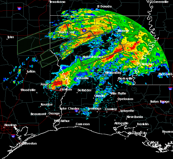 Radar Image for Severe Thunderstorms near Newton, TX at 4/22/2020 7:31 PM CDT