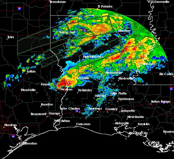 Radar Image for Severe Thunderstorms near Wisner, LA at 4/22/2020 7:40 PM CDT