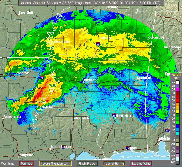 Radar Image for Severe Thunderstorms near St. Joseph, LA at 4/22/2020 8:13 PM CDT